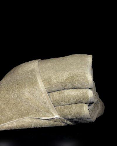 Πετσετά ξαπλώστρας με κουκούλα