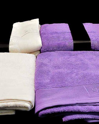 Πετσέτα Θαλάσσης Εκρού/Μωβ