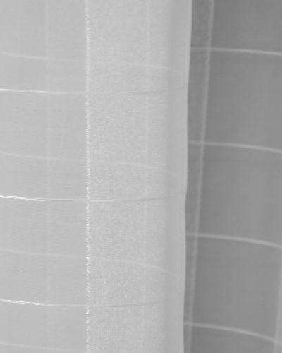 Κουρτίνα λεπτή λευκή με καρό σχέδιο
